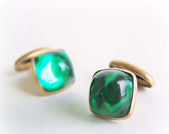 Vintage Goldtone Bean back Cufflinks 1 pair Emerald Green Glass Cabochon Cuff links Vintage Wedding for Men