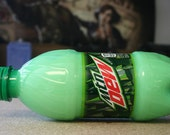 Mountain Dew-Type Conditioner, 12 Ounces, Gift for Gamers, Geeky Soap