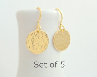 """bridesmaid earrings. SET OF 5. small gold dangle. hammered circle drop. 14k yellow gold filled. wedding jewelry. simple bridal gift. 1/2"""""""