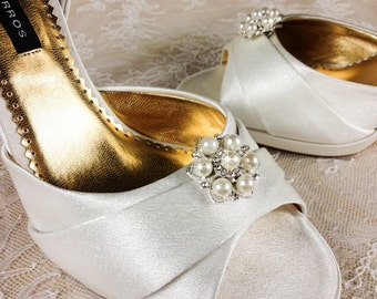 Bridal Shoe Clip, Crystal Shoe clip, Weddding Shoe Clip, Rhinestone Shoe Clip, bridesmaids Shoe clips, Shoe embellishments