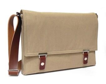 """11"""" / 13"""" MacBook Air messenger bag - sand brown denim"""