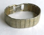 Vintage Sarah Coventry Mural Etched Panel bracelet - Gold Tone