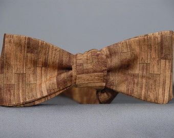 Wooden Planks in Brown  Bow Tie