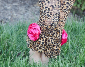Girls Leopard Lace Ruffle Leggings with hot pink satin rolled roses