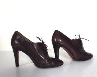 90s Monique Shoes / Vintage Brown High Heel Oxfords / Sz 36.5