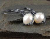 Pearl earrings, June birthstone, handmade wire wrapped earrings, everyday jewelry, pearl drop earrings, graduation gift - Cygnet Noir
