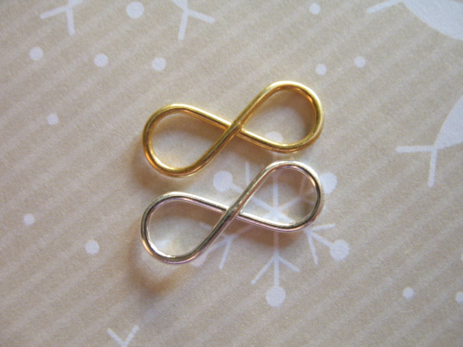 sale 1 5 10 25 pc silver or gold infinity charm by