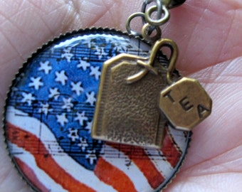 AMERICAN Flag Image with tea bag charm - inch round.