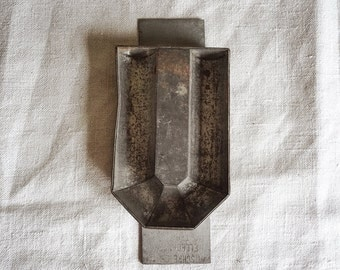 vintage chocolate mold letter U, metal alphabet letter from Holland with great patina