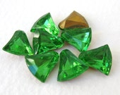 Vintage Rhinestone Bells Peridot Green Glass Jewels 10mm rhs0476 (8)