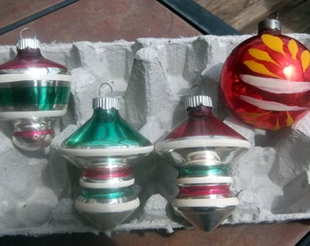 Group of 4 Glass Christmas Ornaments with Green, Yellow, and Red  Design 4