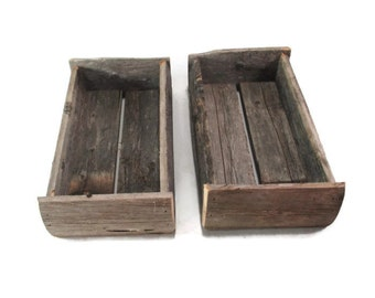 Farmhouse Decor - Reclaimed Wood Boxes - Repurposed Prim Fence Box