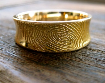 Finger Print Wedding Band in 18K Yellow Gold with Tapered Ring Width & Custom Hand Engraving Size 9