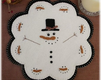 January Thaw-Quick & Easy Penny Rug/Candle Mat DIGITAL PATTERN