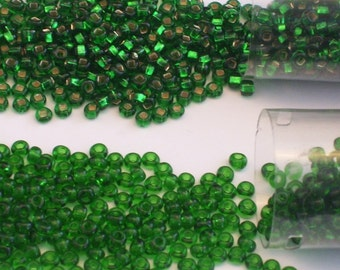 Kelly Green and Kelly Green Silver Lined Size 8 Seed Beads // Green and Silver Lined Green Czech Glass 8/0 Seed Beads
