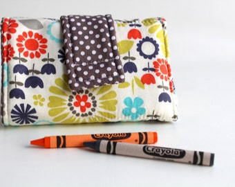 Crayon Wallet - Vintage Flowers Edition - A Montessori and Waldorf Inspired Travel Toy for  Self Guided Art