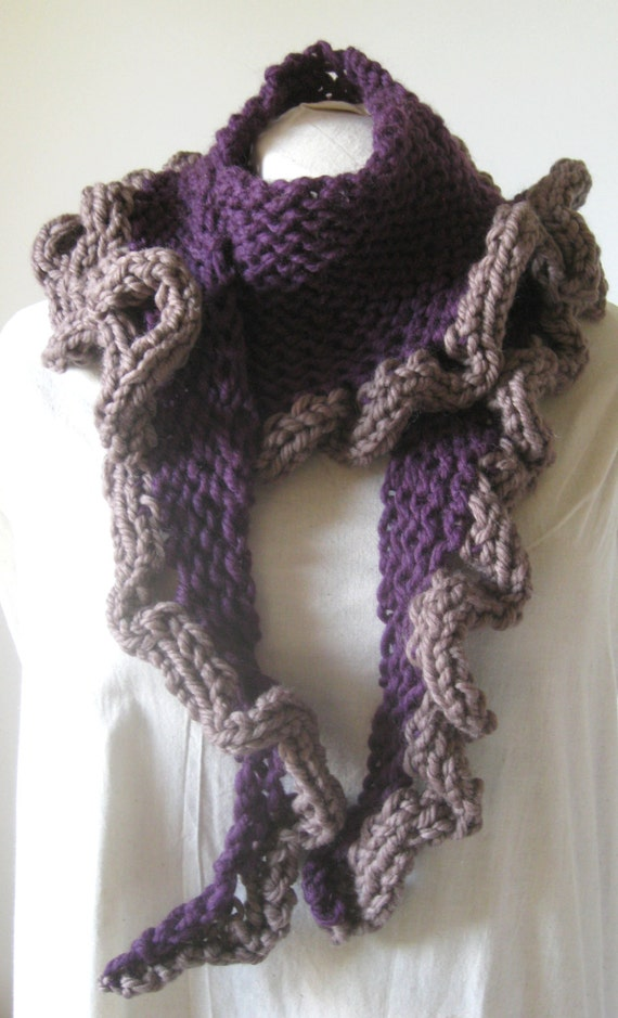 Big Ruffle Scarf Knitting Pattern, Frilly Scarf, Knitting Pattern PDF from cl...