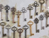 20 LG Skeleton Keys Eclectic Collection Mixed Colors Mix Parties Proms Wedding Favors (K39)