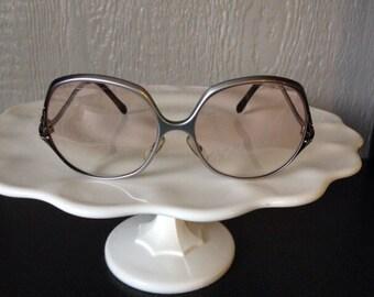 Funky Aluminum Eye Glasses Frames by Optalume