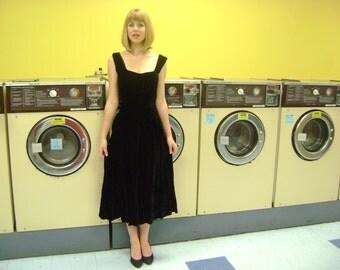 Vintage 1940s Black Velvet Dress