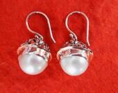 Striking Balinese Sterling Silver freshwater white Pearl Dangle Earrings / silver 925