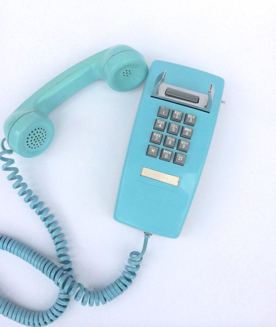 vintage turquoise wall phone pretty home decor. Black Bedroom Furniture Sets. Home Design Ideas