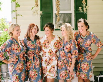 Gray Bridesmaids Robes Sets. Kimono Crossover Robe. Bridesmaids gifts. Getting ready robes. Bridal Party Robes. Floral Robes. Dressing Gown