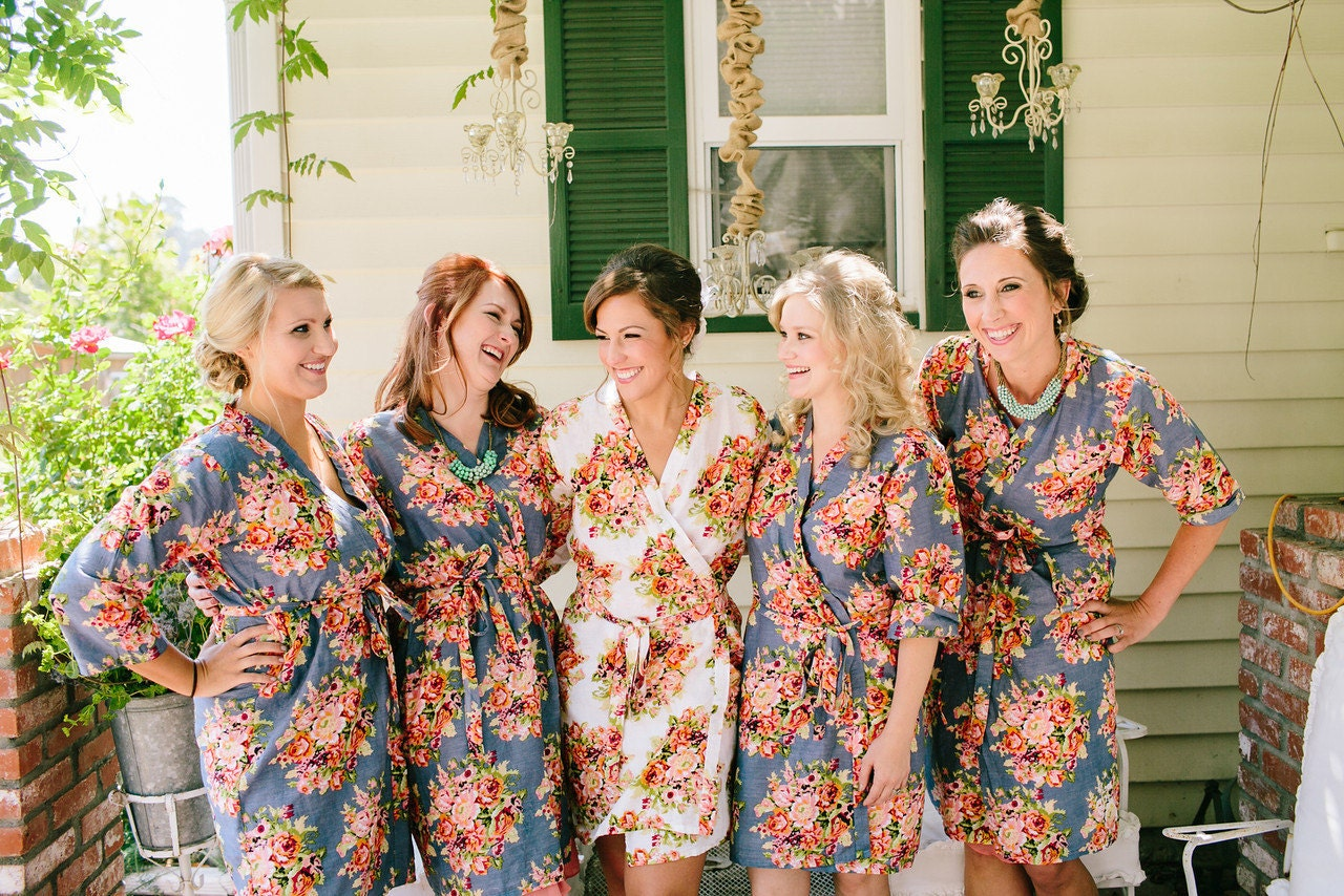 Gray Floral Posy Bridesmaids Robes Sets. Kimonos. Bridesmaids