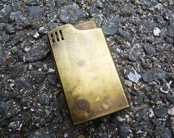 Vintage Musical Lighter - Aria- plays Smoke Gets in Your Eyes