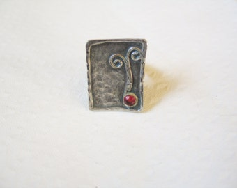 NEW YEAR SALE! Fabulous Scottish pewter and red glass abstract square statement ring, open backed, size 8