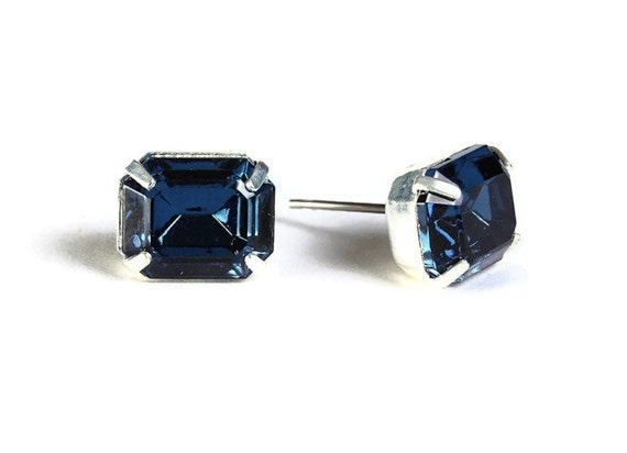 Sale Clearance 20% OFF - Estate style montana blue rhinestone crystal stud earrings (531)