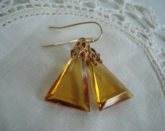 Vintage Art Deco Topaz Faceted Glass Pyramid Triangle Pendant Prism Drops Earrings Autumn Fall