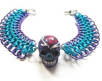 Sugar skull bracelet, Day of the Dead, Dia de los Muertos, Gothic jewelry, Turquoise blue and purple skull bracelet