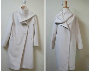1950s Cashmere cream coat/ off white coat size S to M