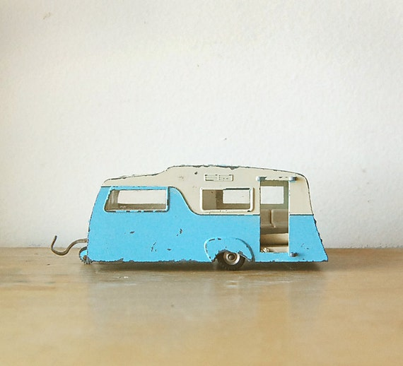 Vintage 1960s Collectible Retro Diecast Dinky Caravan Camper RV Trailer in Baby Powder Sky Blue with Skylight Roof.