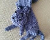 Hippopotamus scarf.