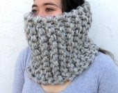 Super Chunky Knit Wool Circle Cowl Scarf  * The Tahoe in Grey * Men Women * by Tejidos on Etsy