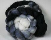 Graydient - hand dyed Superwash BFL - 4 oz