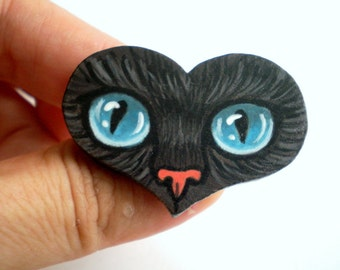 Hand Painted Cat Eye  Brooch -Hand  Paint  Black Cat Brooch , Heart Shaped Wooden Pin, Christmas gift for pet lovers, cat lovers