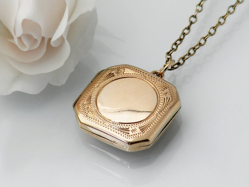 Edwardian 9ct Gold Locket Solid Gold Square Locket With