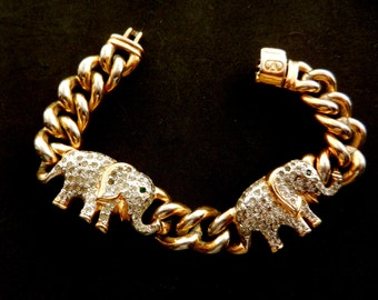 Italian  High Fashion- Magnificent and rare bracelet signed VALENTINO -winter fashion collection 1971 - --Art.99/3 -