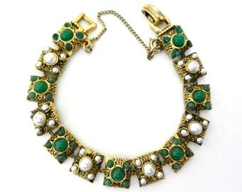 Vintage signed ART Vctorian revival jade & pearl bracelet - bracelet  vintage 1950  -art.161/3-