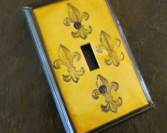 Fleur de Lis Light Switch Plate Cover single toggle bright gold MADE TO ORDER