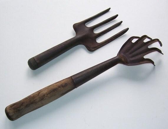 Antique garden tools long handled hand rake wood handle made for Garden tools hand rake