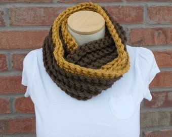 Chunky Infinity Scarf Brown with Gold Stripe Autumn Scarf Crochet Two Tone Scarf Cowl Scarf Womens Scarves Winter Fashion Fall Fashion
