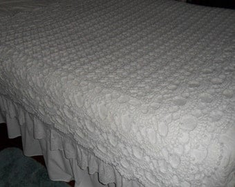 Crocheted  Afghan - Blanket -  Coverlet  - Throw - Bedspread - XLarge  ''SHELLS GALORE''   in White