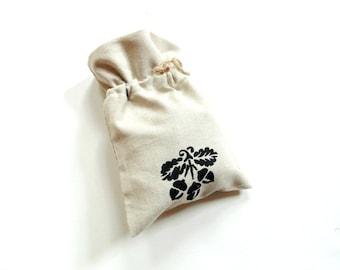 Gift bag, Autumn acorn eco-friendly bag, Autumn wedding shower favor bag, hand painted linen bag, drawstring pouch, bridesmaids gift