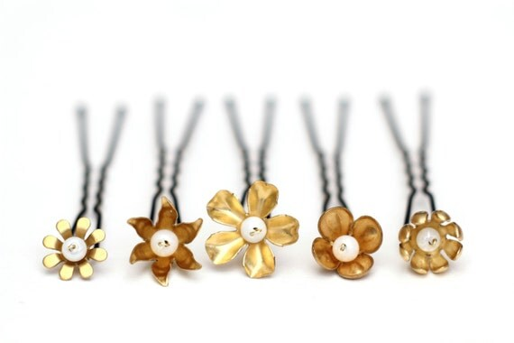 Gold flowers hair pins bridal hair flower pin wedding hair vintage inspired set of 5 clips golden flowers