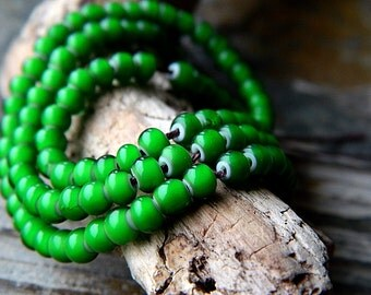 6/0 Green Seed Beads, Green Rocailles, Green & White heart seed beads, 4mm (20g)