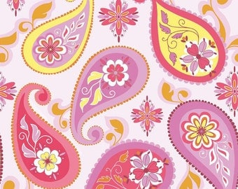 Riley Blake Splendor Paisley in pink - 1/2 yard